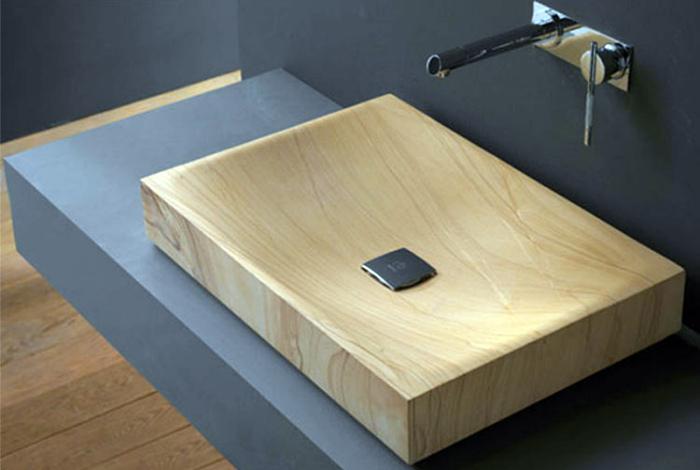 Деревянная раковина в эко-стиле.
