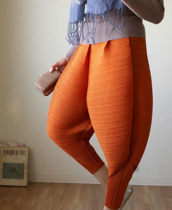 Надутые брюки.