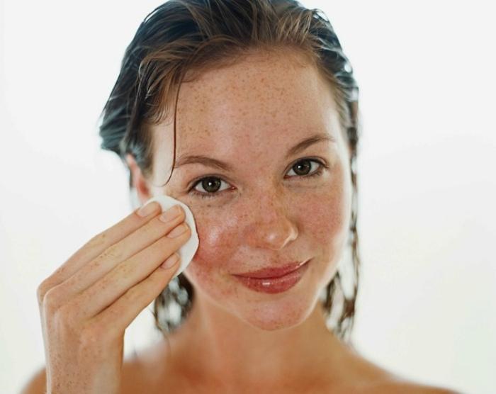 Глубокое увлажнение и питание кожи лица.