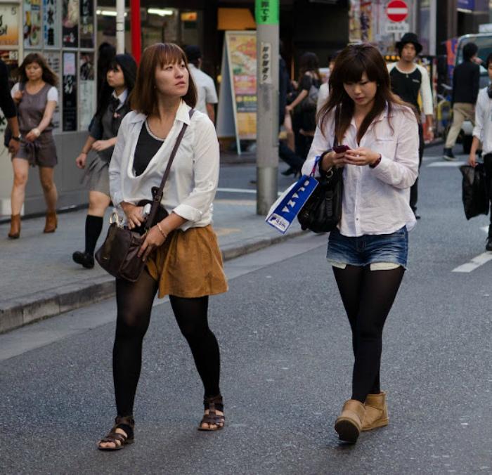 Проявлять излишнее внимание к незнакомцам в Китае. | Фото: yablor.ru.