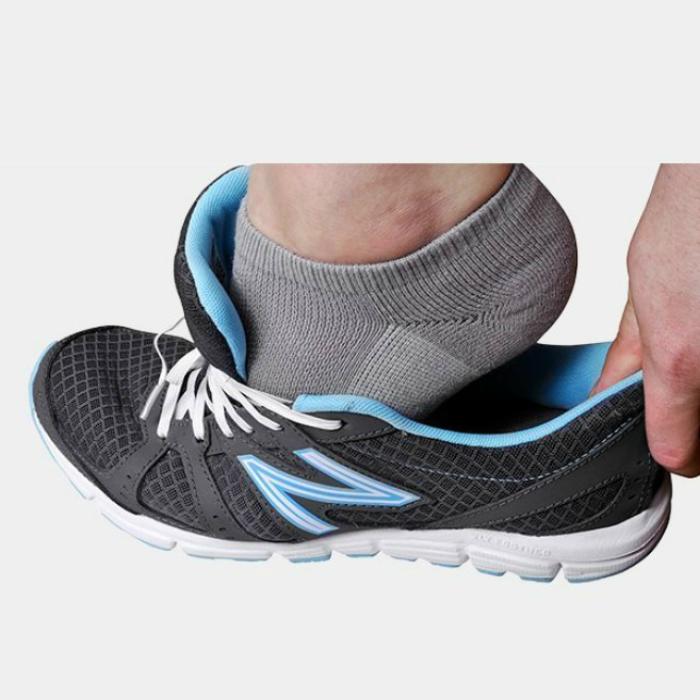 Стрейч-шнурки для ботинок позволят быстро снять обувь в аэропорту или в любом другом месте, где необходимо быстро разуться.