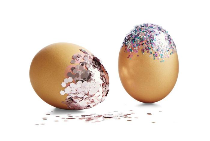 Праздничные яйца в стиле диско.