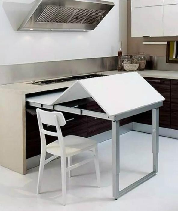 Выдвижной обеденный стол. | Фото: zi.media.