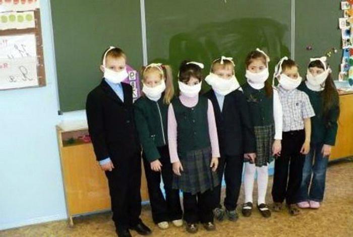 Чем больше маска, тем лучше ведь! | Фото: Smotrim.net.