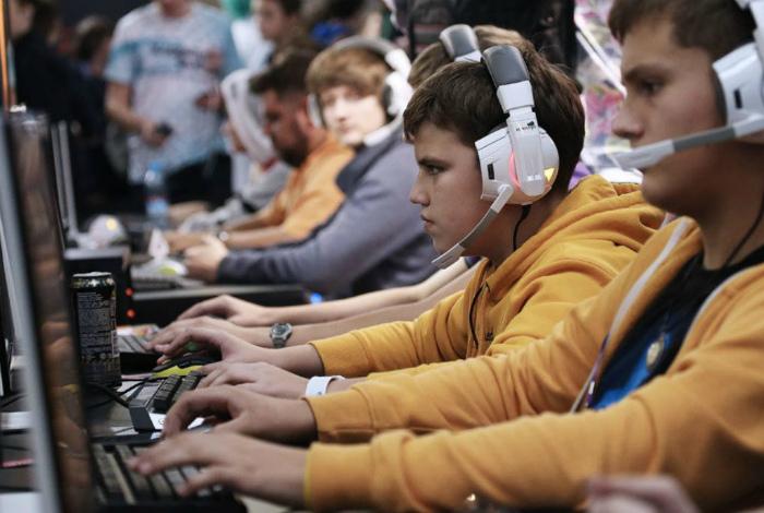 Запрет на видеоигры в Греции. | Фото: Маяк. Сосновый Бор.