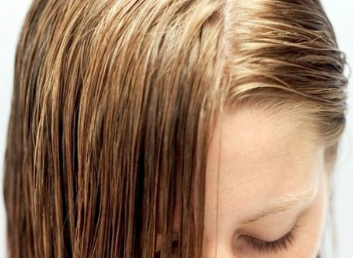 Грязные засаленные волосы.