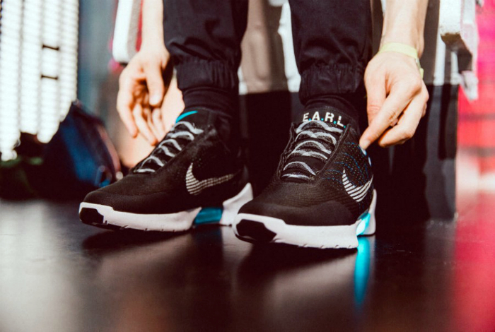 Кроссовки с автошнуровкой Nike HyperAdapt 1.0.