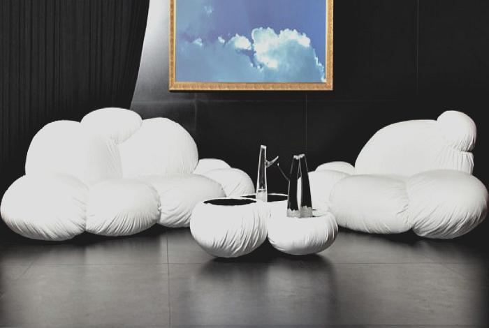 Диван, кресло и столик от дизайнера Lubo Majer.