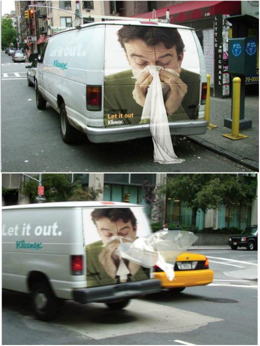 Очень эффектная реклама носовых платков.