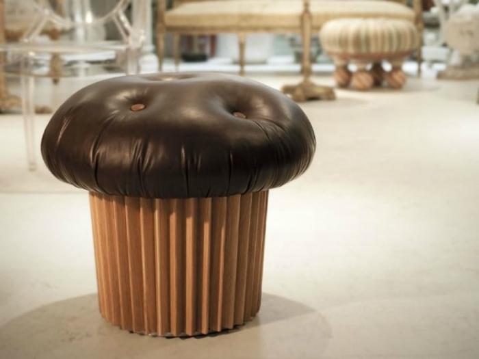 Табурет в виде кекса, который придется по вкусу всем сладкоежкам.