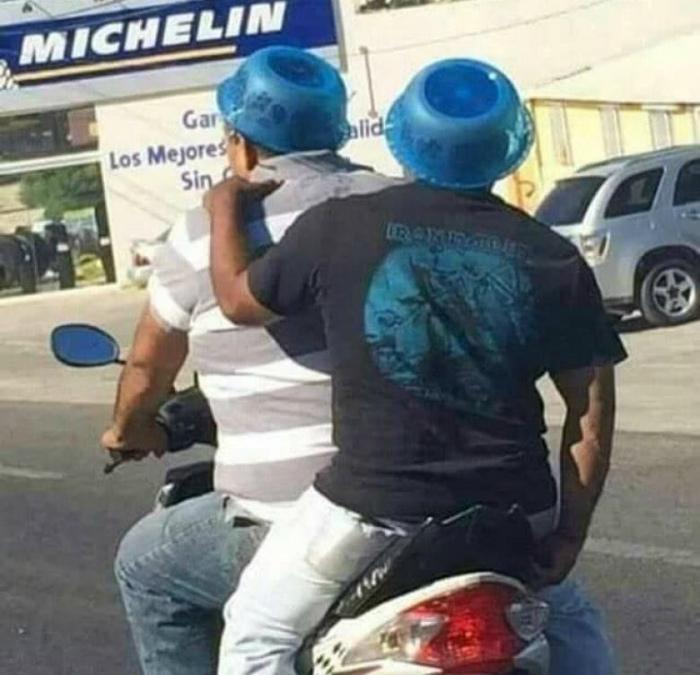 Бюджетные «шлемы».