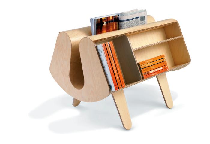 Деревянный книжный шкаф от Egon Riss.