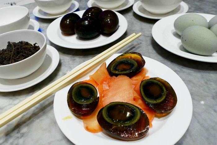 Восточное блюдо Сунхуадань.