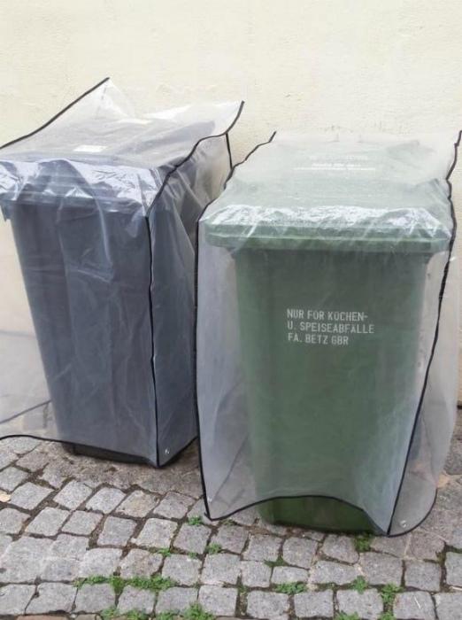 Чехлы для мусорных контейнеров.