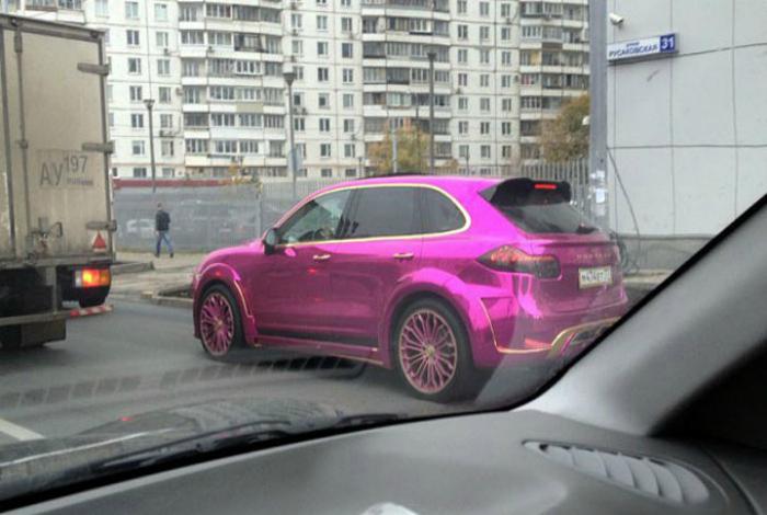Розового цвета много не бывает.