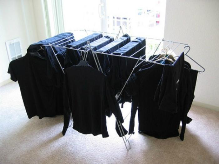 Сохраняем цвет черных вещей. | Фото: Интересный мир.