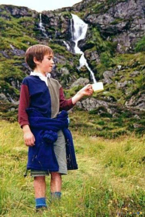 Доставка чистейшей воды из горной реки прямиком в чашку.