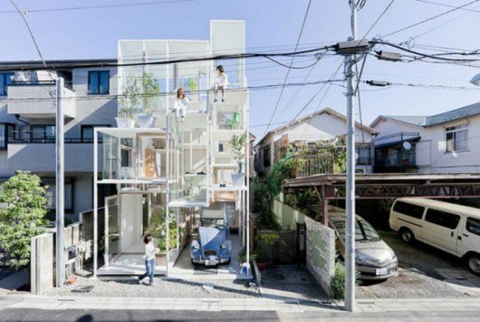 Стеклянный дом. Токио, Япония.