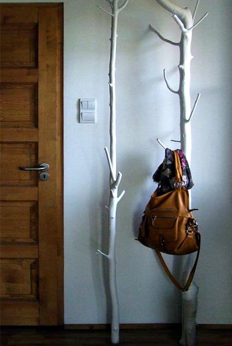 Стильные напольные вешалки. | Фото: Pinterest.