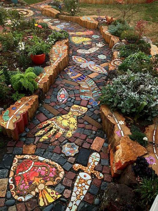 Фантастическая каменная мозаика. | Фото: Pinterest.