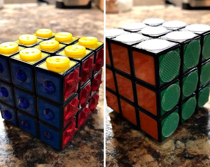 Кубик Рубика для слепых. | Фото: Pausecafein.