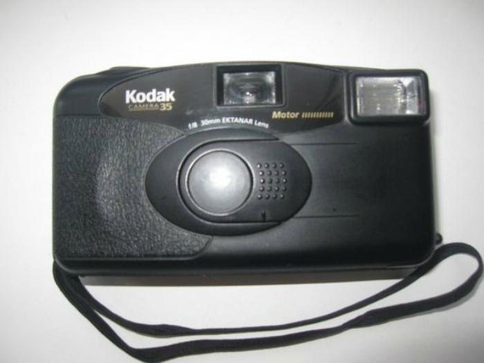 Пленочный фотоаппарат для осмысленных фотографий.