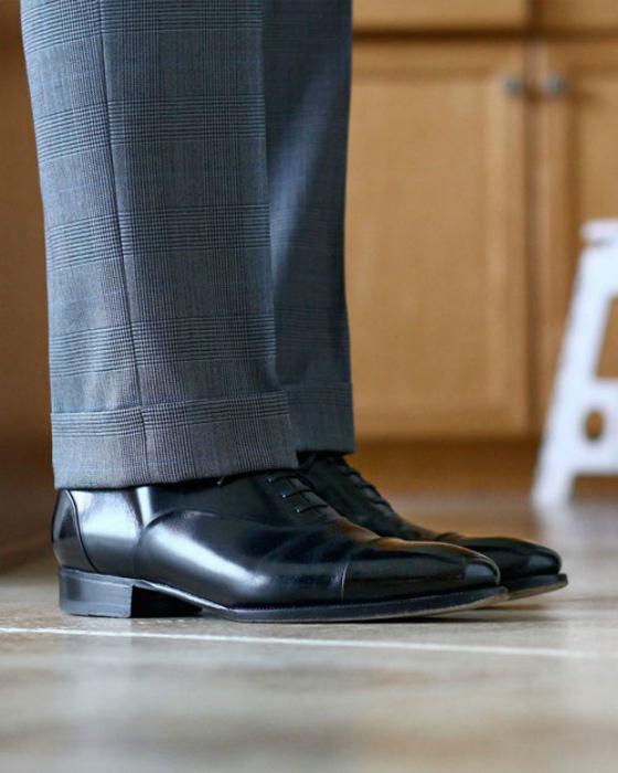 Брюки, которые не морщатся. | Фото: FineShoes.ru.