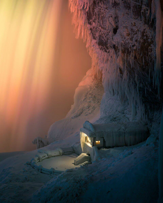 Зимний водопад.