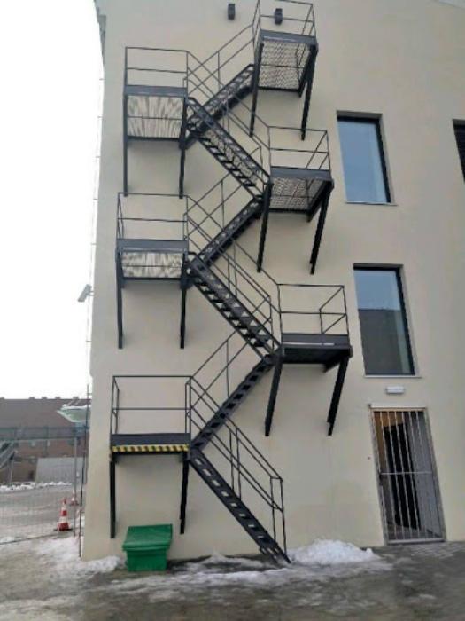 Пожарная лестница для тех, кто очень хочет спастись! | Фото: Spassprediger.