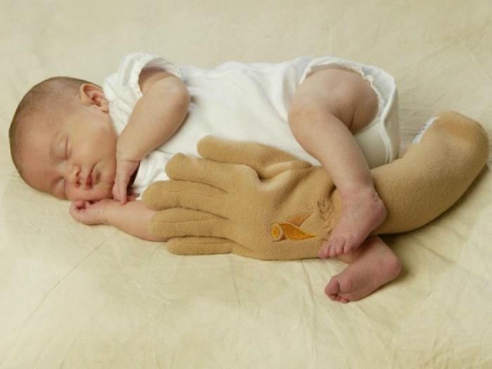 Изначально игрушка предназначалась для комфортного сна, но, скорее всего, она способна нанести психологическую травму ребенку.