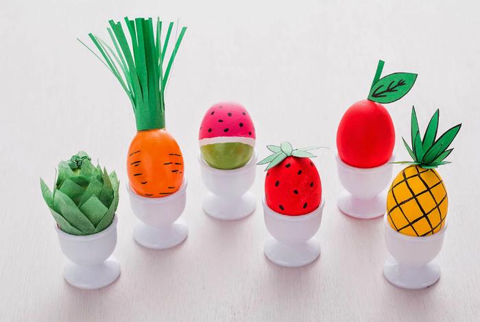 Яйца в виде фруктов и овощей.