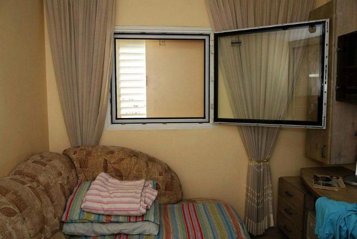 Защищенные комнаты в Израиле. | Фото: Booking.com.
