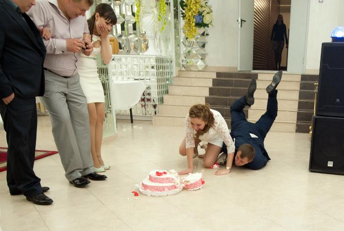 Кажется продажа торта накрылась медным тазом.
