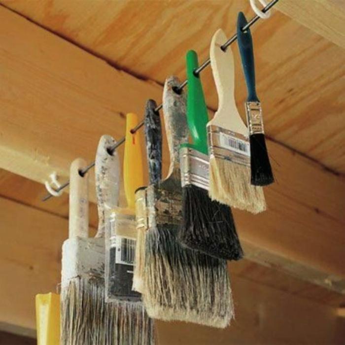 Подвесной держатель для кисточек. | Фото: Pinterest.
