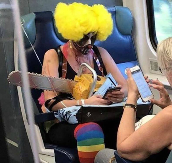 Действительно, как можно бояться клоунов? | Фото: Телеграф.
