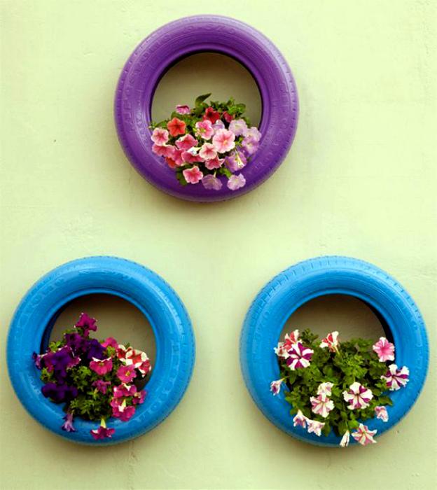 Яркие покрышки с цветами.