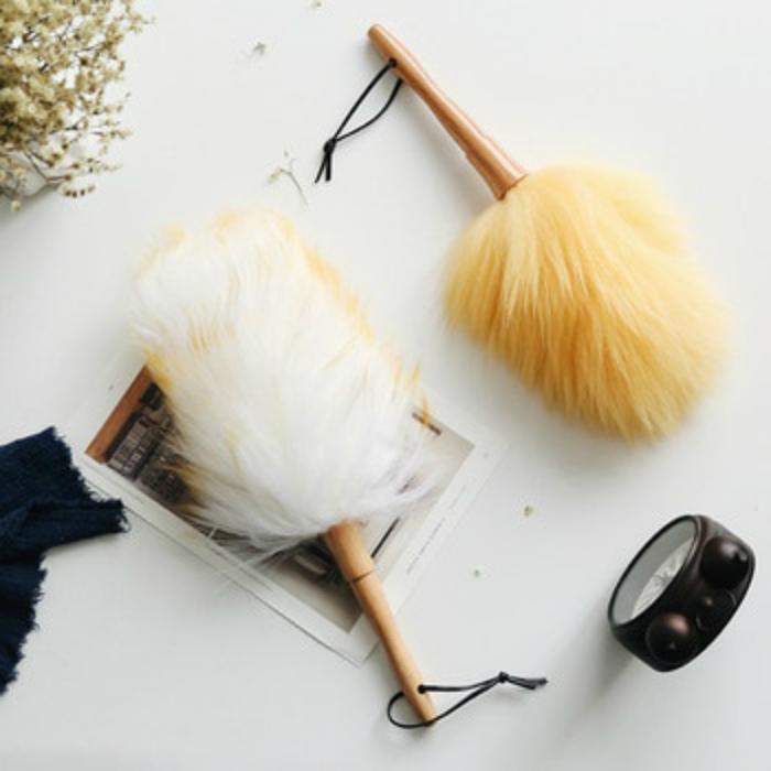 Щетка-перо для пыли. | Фото: luissolis.me.
