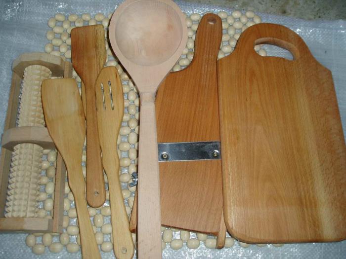 Чистка и уход за деревянными изделиями.
