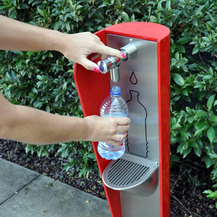 Фильтрованная вода для всех. | Фото: www.interest.pics.
