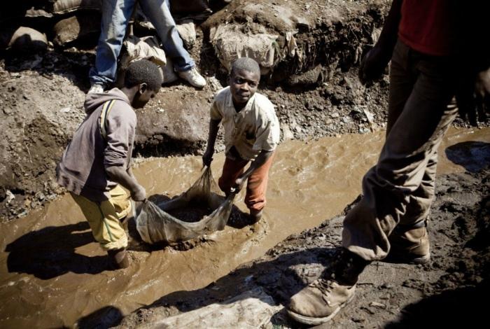 Первая работа африканских ребятишек.
