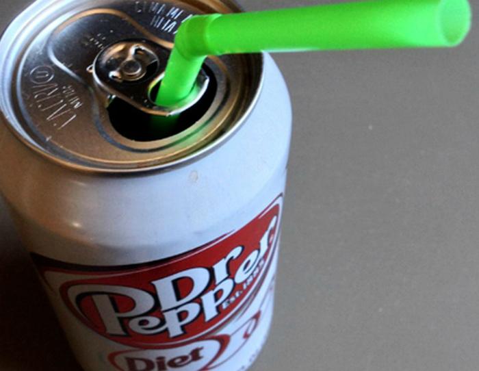 Ключ-открывалка баночек с напитками.