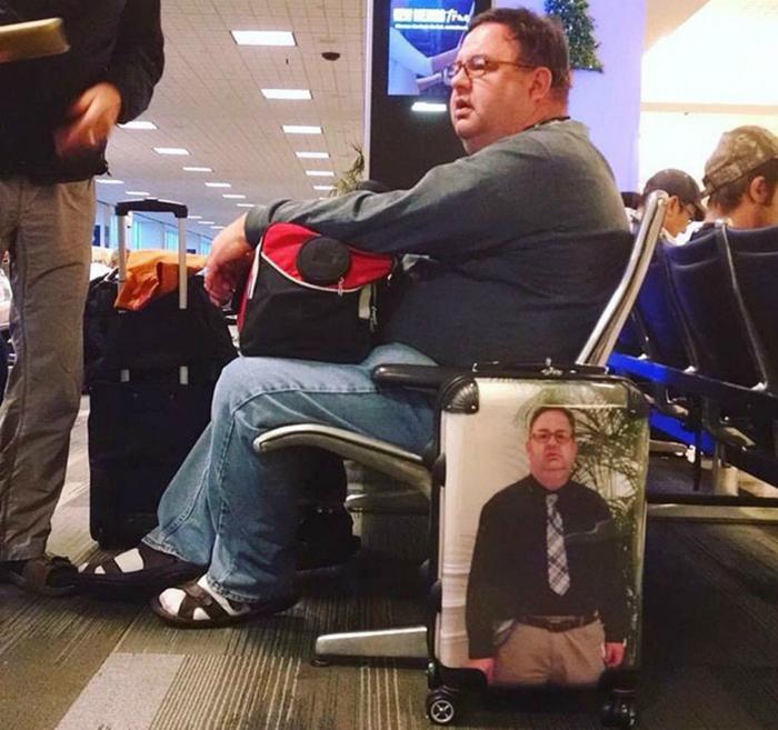 Смешной чемодан.
