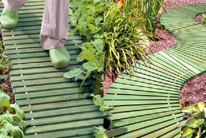 Складные садовые дорожки. | Фото: Retete Usoare.