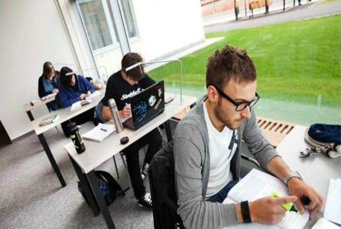 Студенты в Швеции.