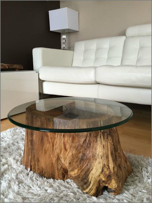 Журнальный столик со стеклянной столешницей. | Фото: apanageet.com.