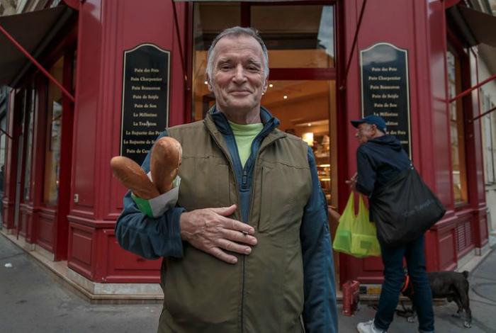 Особые приветствия и свежайший хлеб во Франции. | Фото: Sympa.