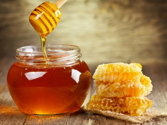 Мед без обработки. | Фото: Seldon.News.