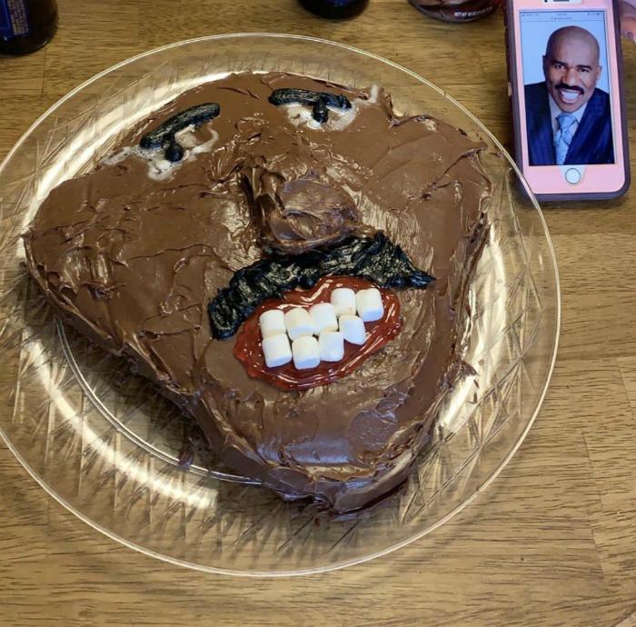 «Торт по фото, говорите...» | Фото: Reddit.