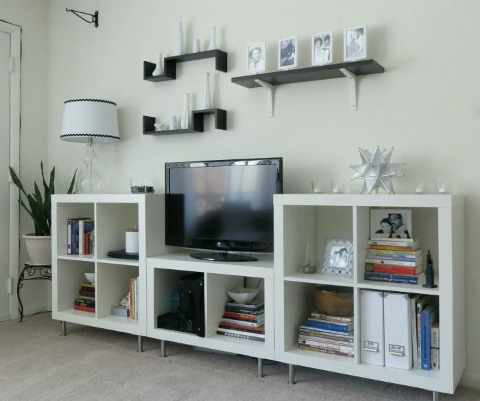 Функциональная ТВ-зона. | Фото: recognizealeader.com.