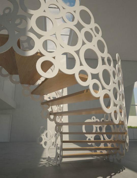 Лестница с оригинальным ограждением.